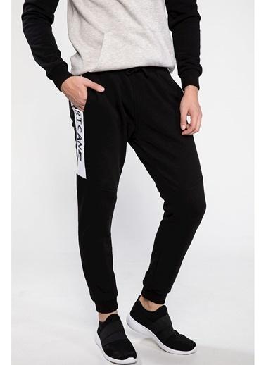 DeFacto Yazı Baskılı Şerit Detaylı Slim Fit Jogger Pantolon Siyah